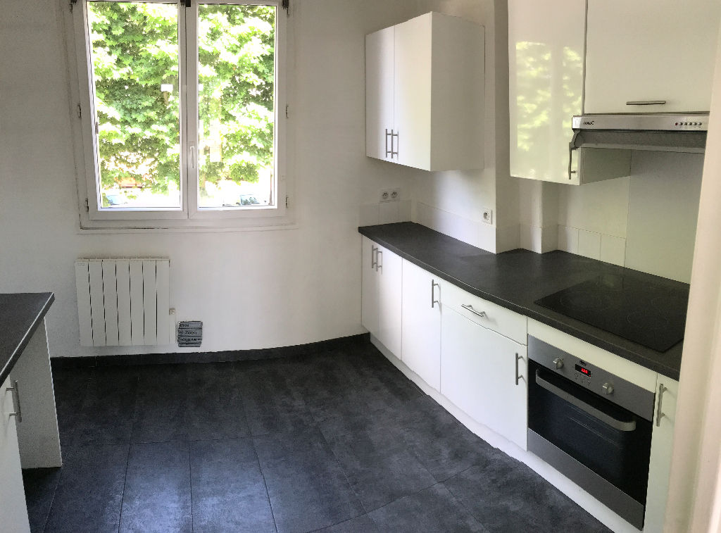 Appartement Le Mesnil-le-roi 3 pièce(s) 53,98m2