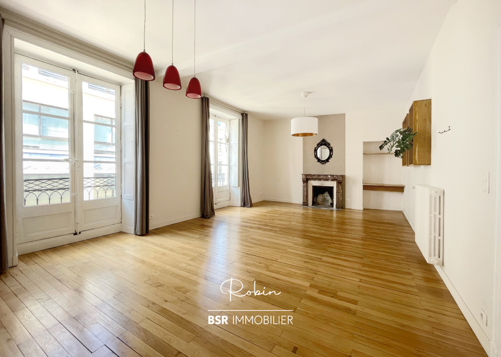 BSR immobilier présente ROBIN, un appartement avec balcon