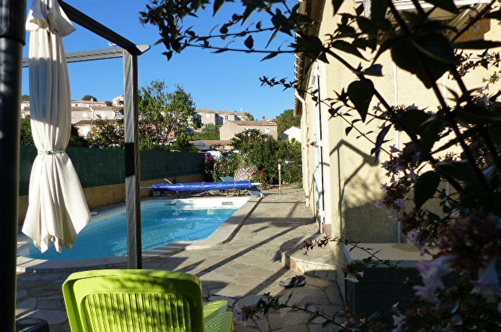 Charmante Villa 4 pièce(s) 100 m2  proche d'Ajaccio avec garage piscine