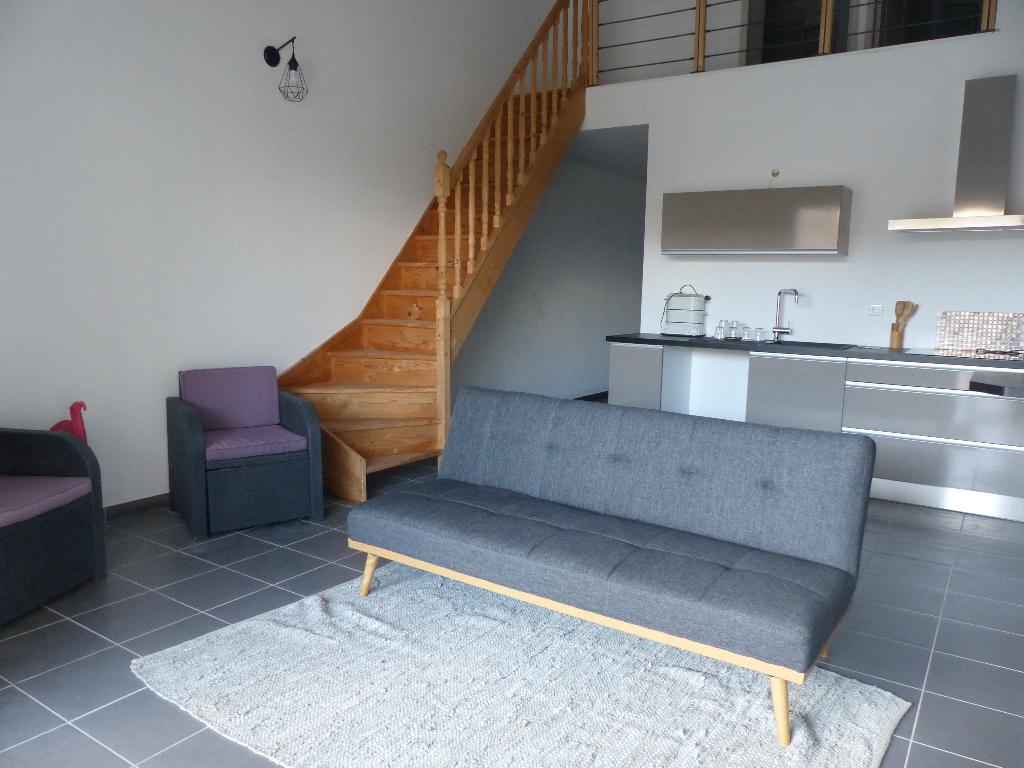 Proche AFA charmant Appartement  duplex 4 pièce(s) 95 m2 avec terrasse