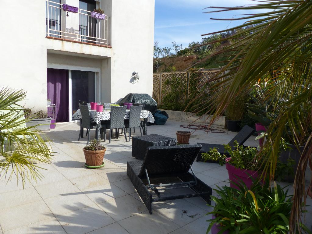 Maison Ajaccio entrée de ville  4 pièce(s) 90 m2 avec terrasse jardinet et garage