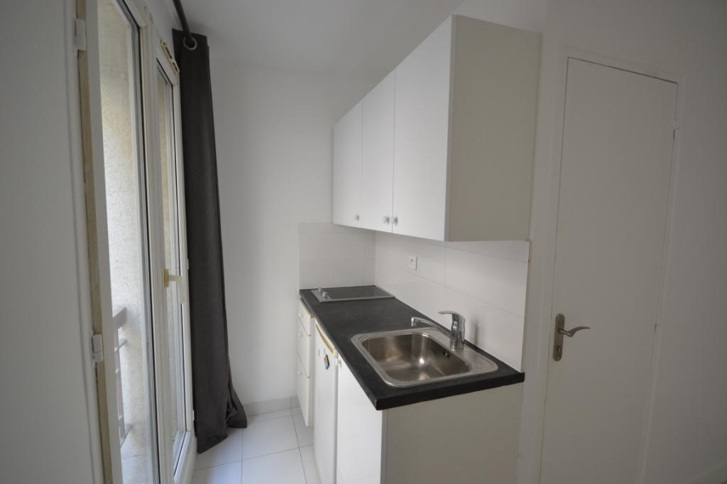 Appartement Paris 1 pièce(s) 15.5 m2