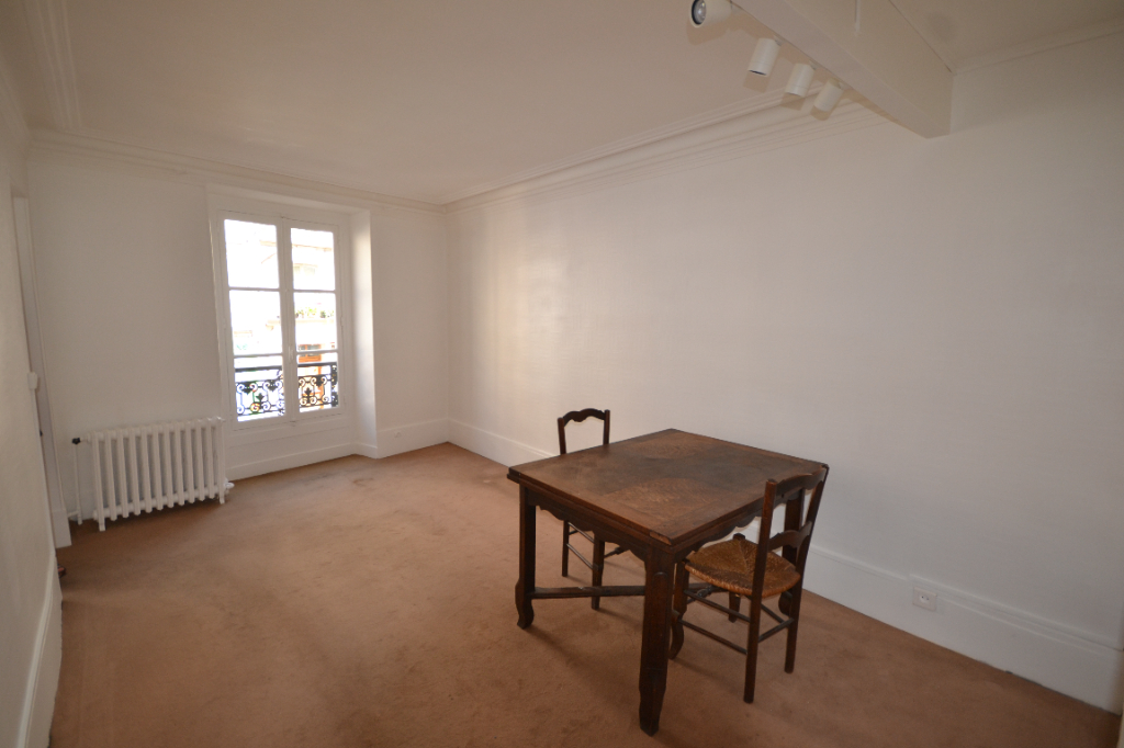 DUPLEX 3 pièce(s) 75 m2