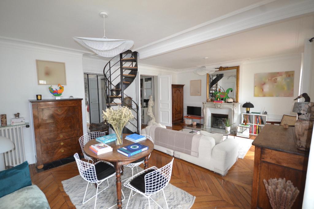 Appartement Paris 5 pièce(s) 111 m2