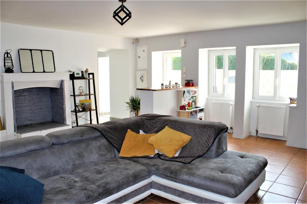 SAVENAY Longère rénovée, 3 chambres + bureau, 120 m²,