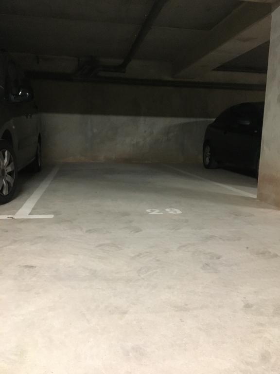 Parking / box au sein du résidence sécurisé